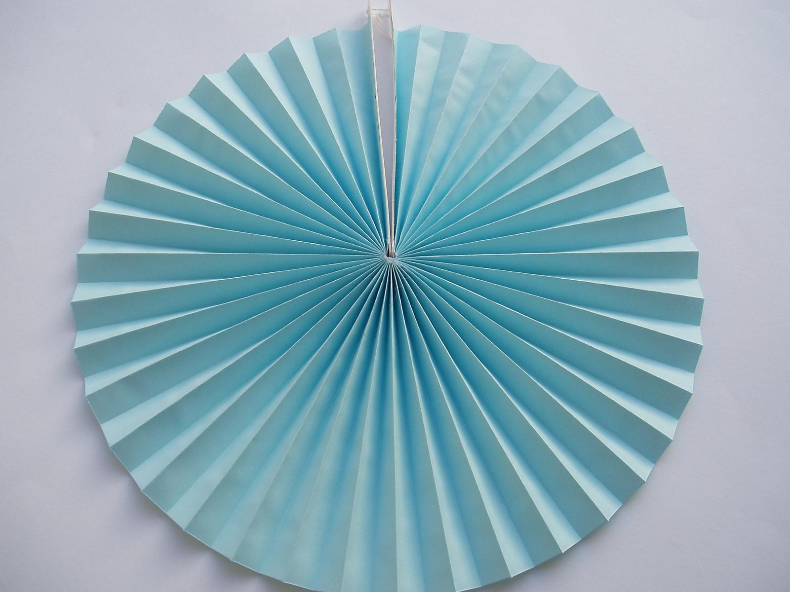 rozeta světle modrá - Obrázek č. 1