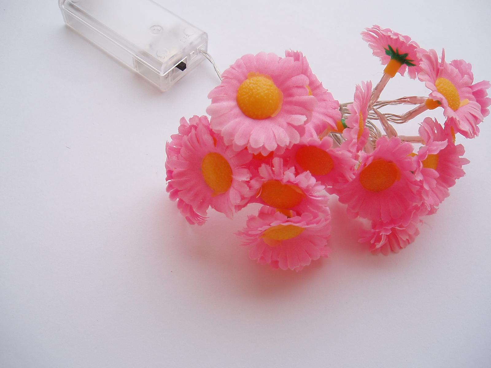 květinová světelná girlanda - Obrázek č. 1