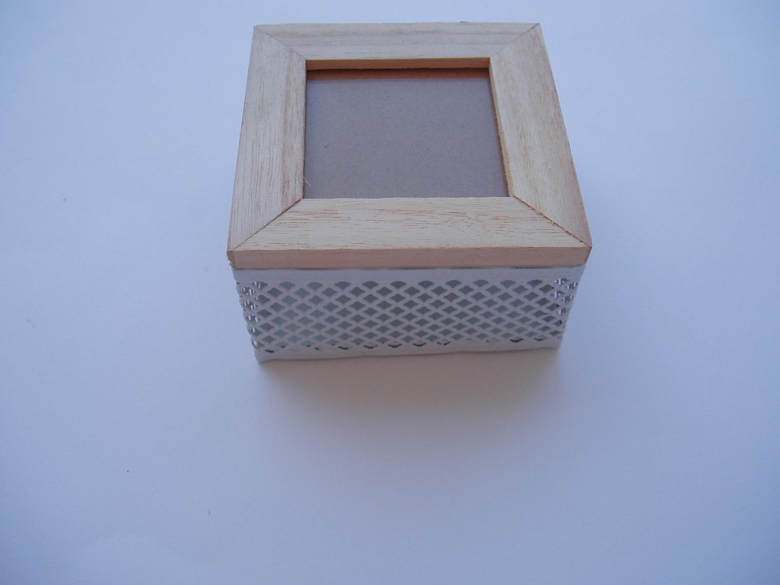 krabička pod prstýnky - Obrázek č. 1