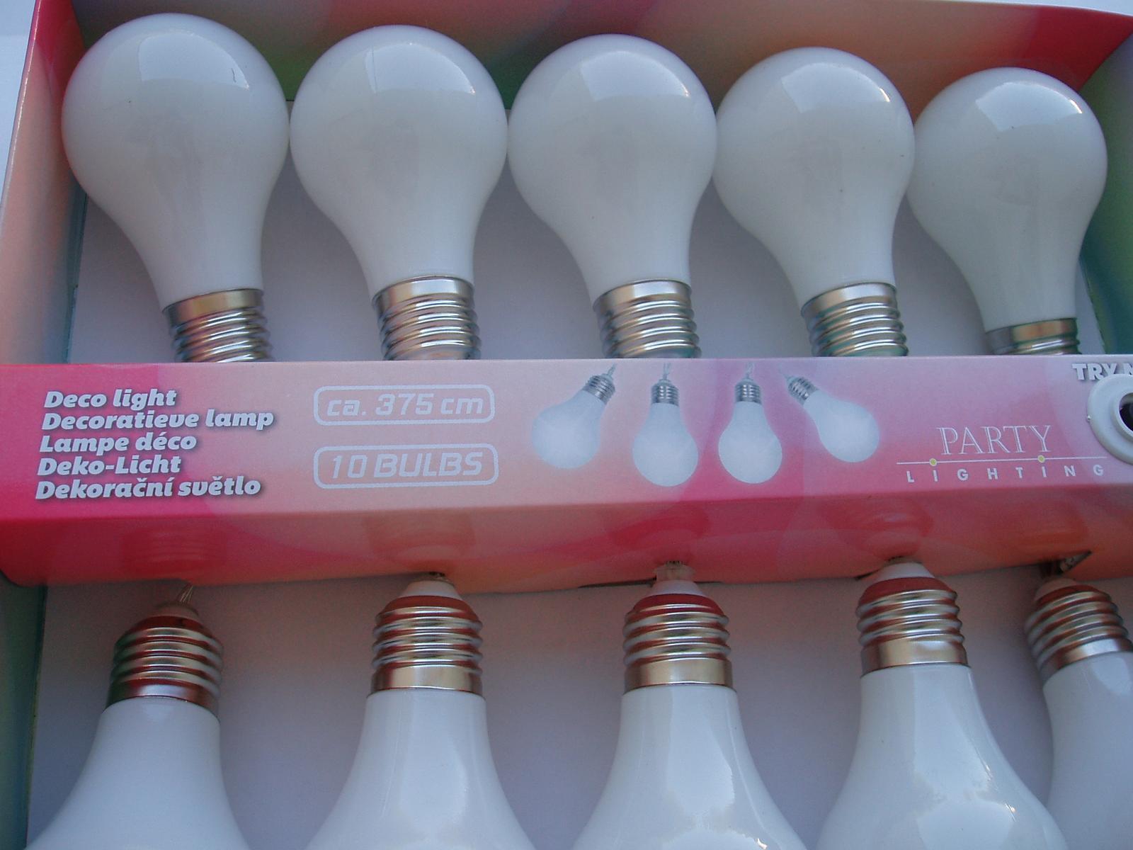 světelná girlanda-žárovky - Obrázek č. 1