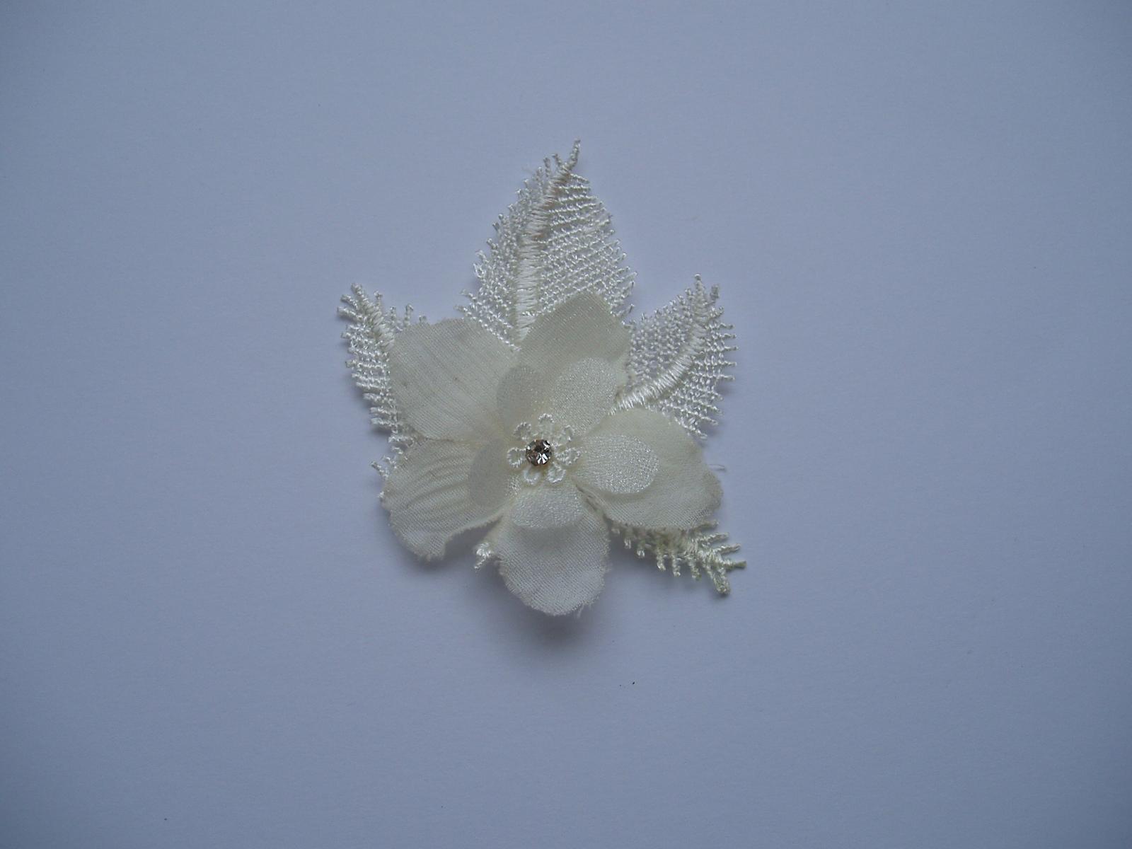 vývazek květina-smetanová - Obrázek č. 1
