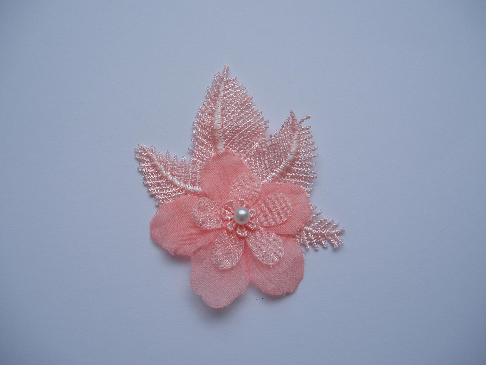 vývazek květina-růžová - Obrázek č. 1