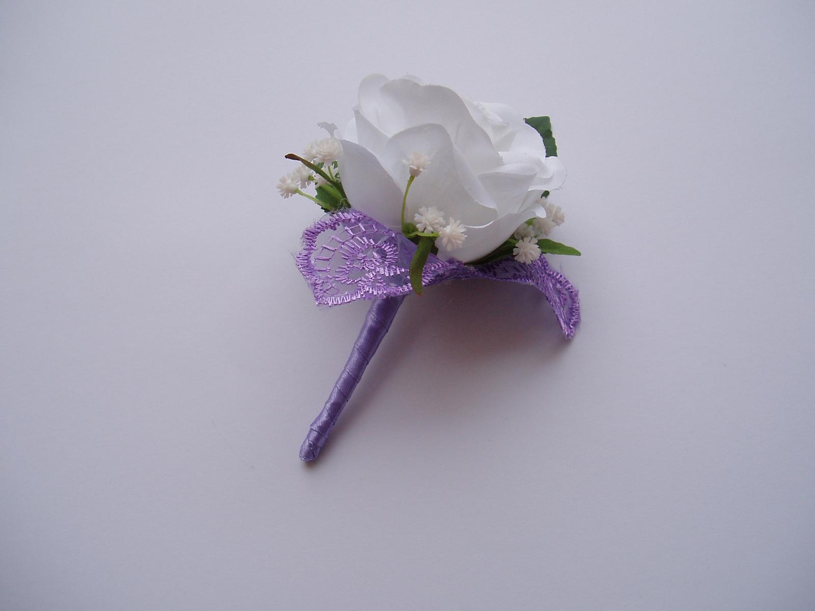 korsáž pro ženicha - bílá růže - Obrázek č. 1