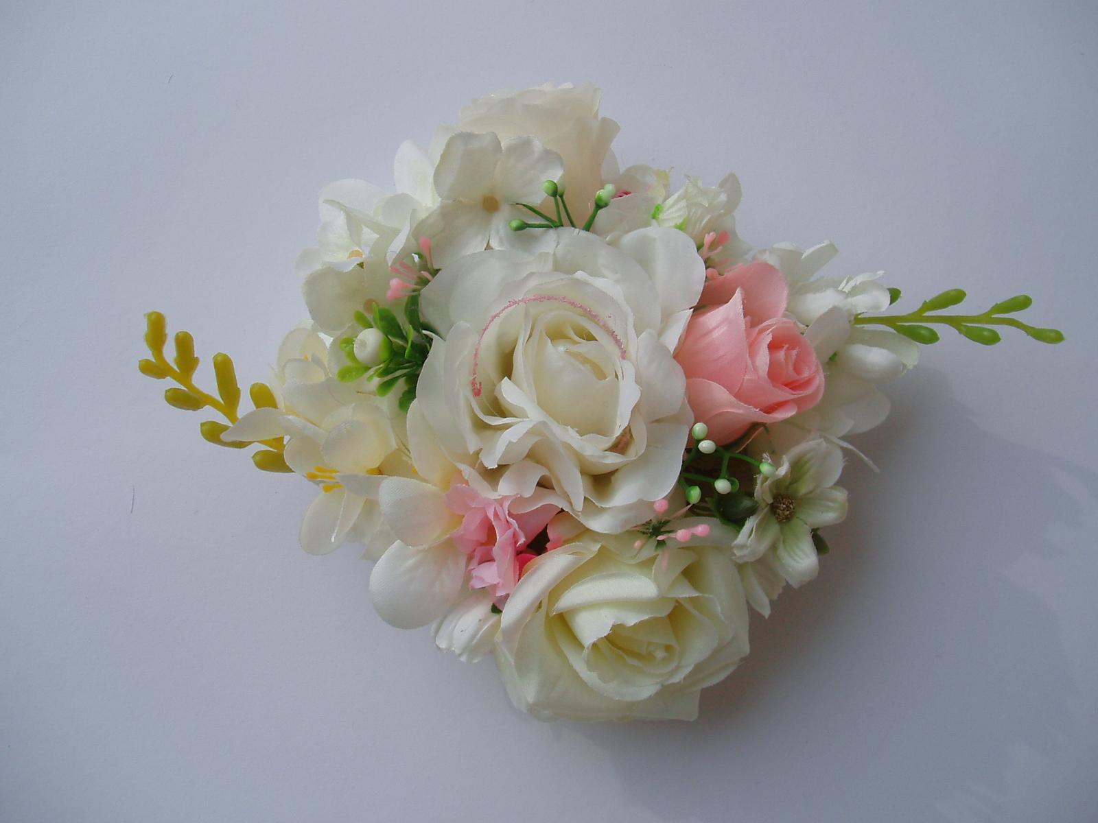 květinová dekorace - Obrázek č. 2