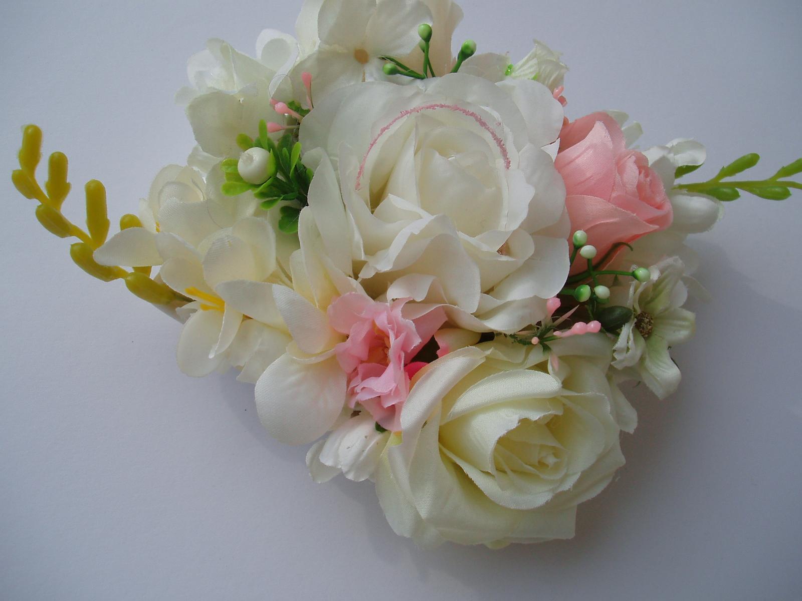 květinová dekorace - Obrázek č. 3