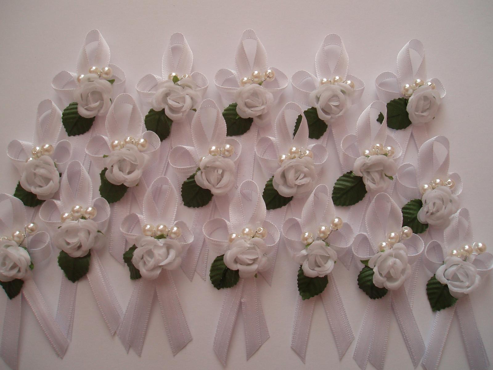 vývazek bílý-růžička - Obrázek č. 1