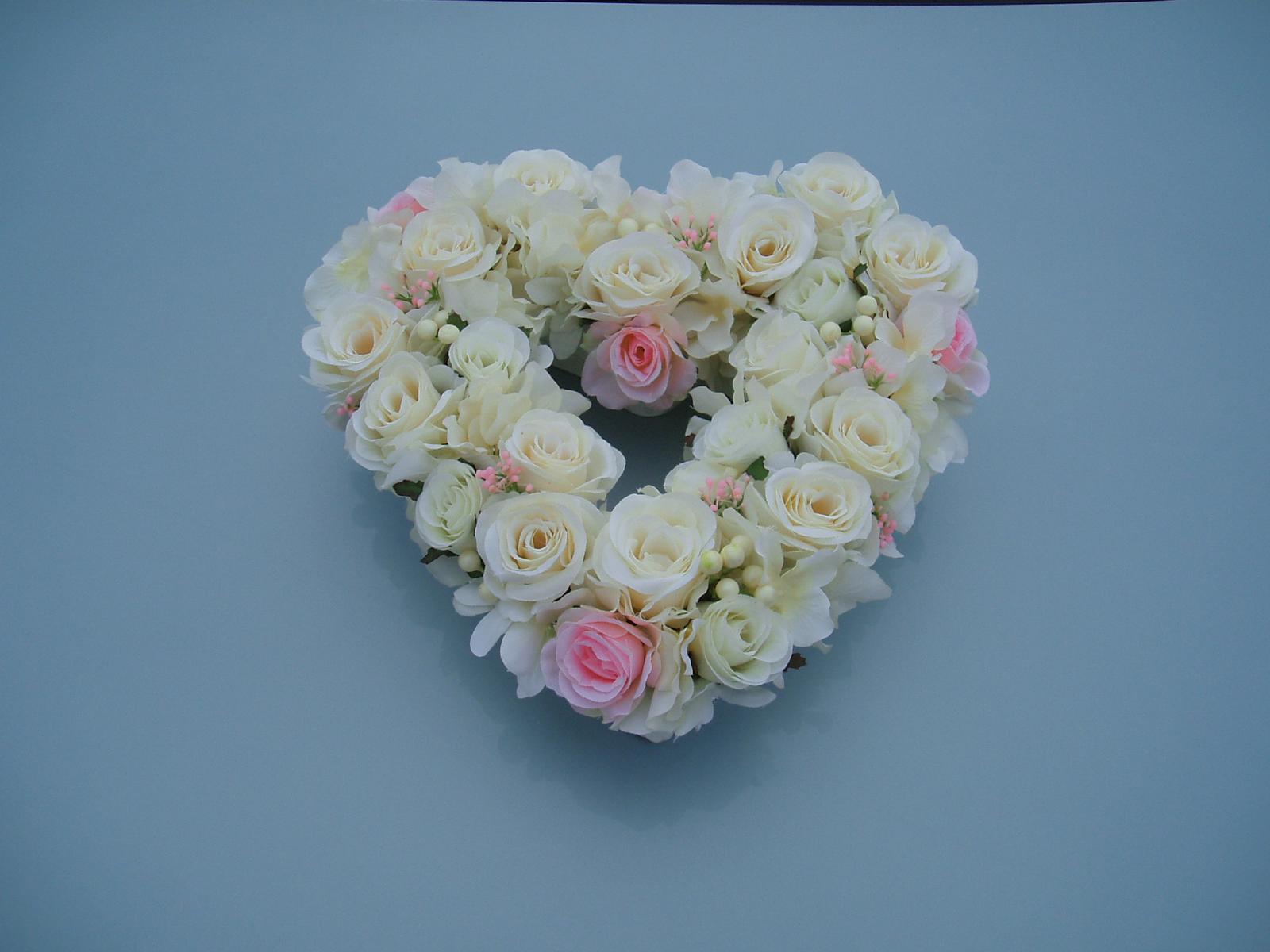 květinové srdce - Obrázek č. 1