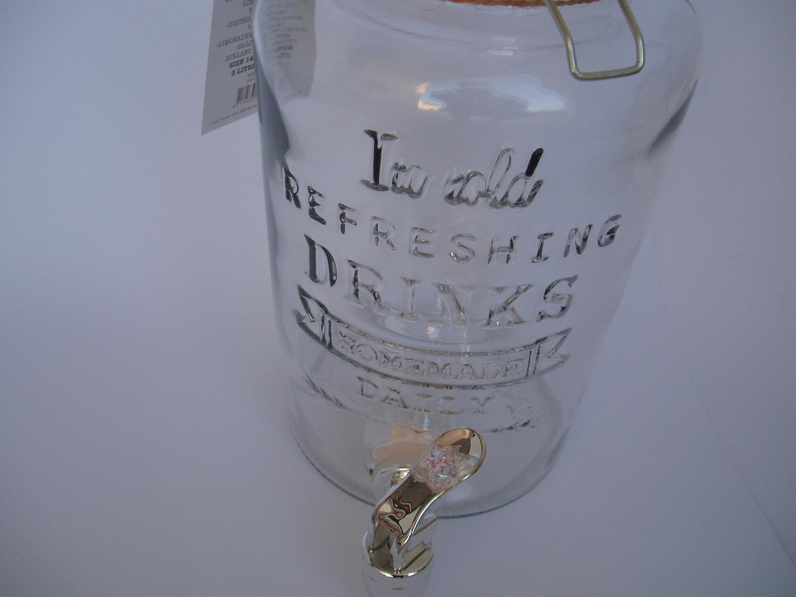 skleněná nádoba s kohoutkem - Obrázek č. 2