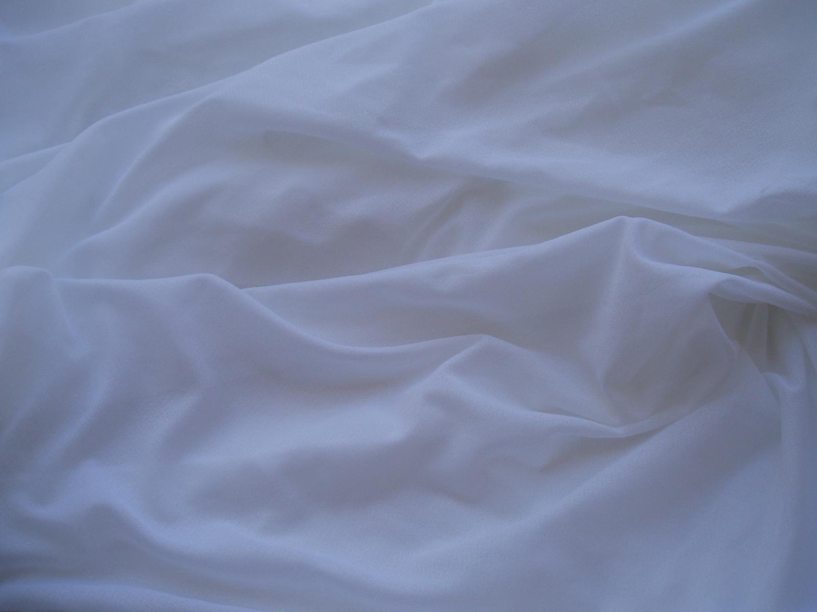 látka na slavobránu - Obrázek č. 1