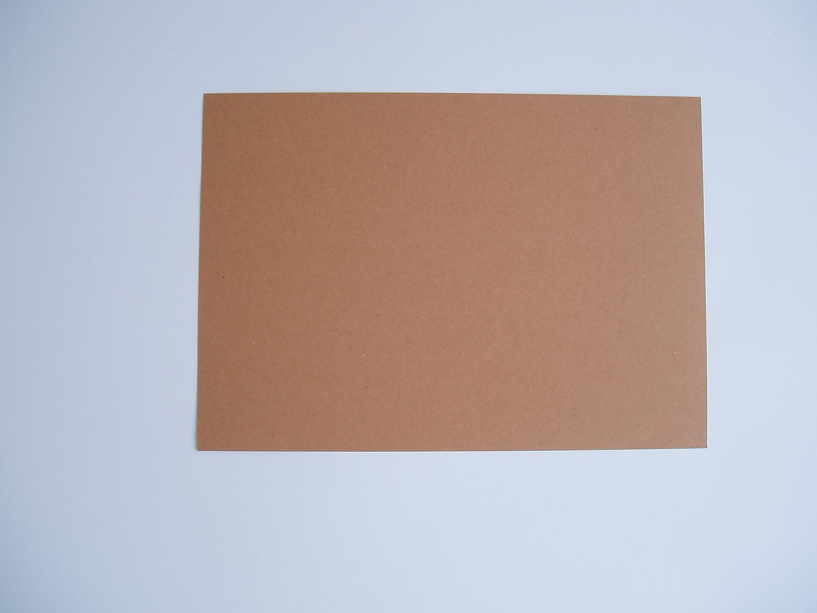 kraftový papír - Obrázek č. 1