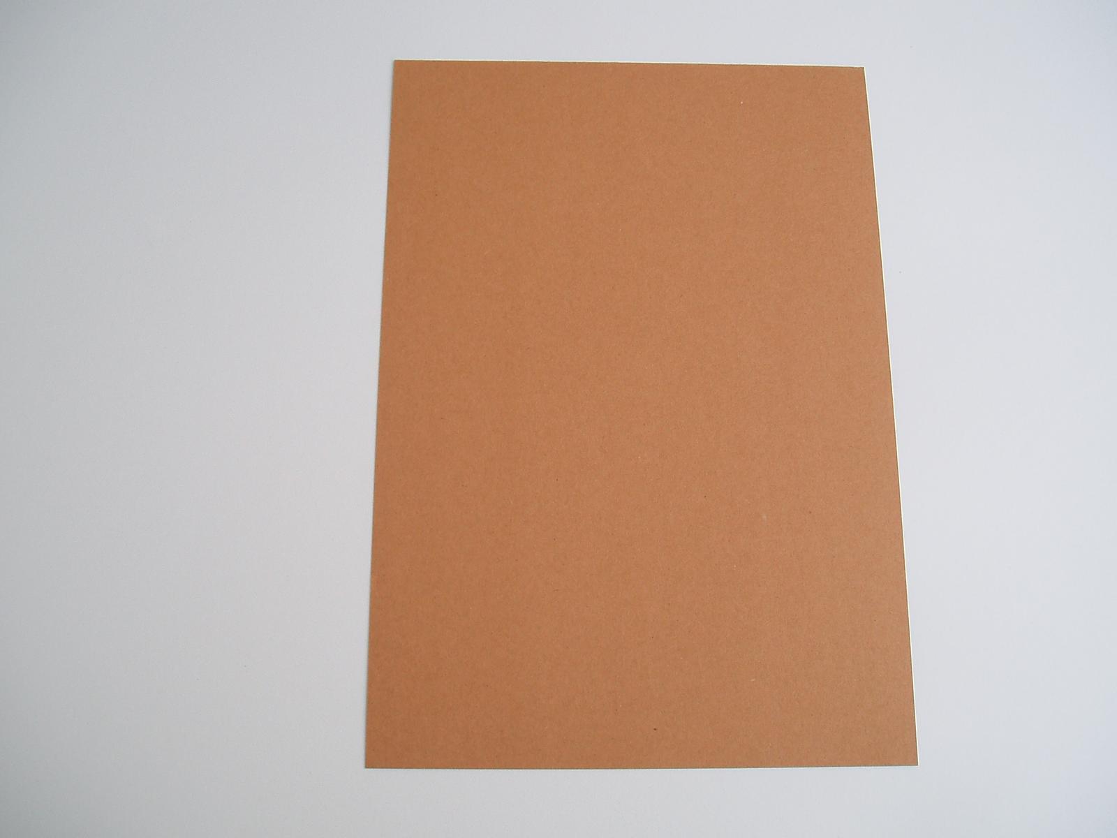 kraftový papír - Obrázek č. 2