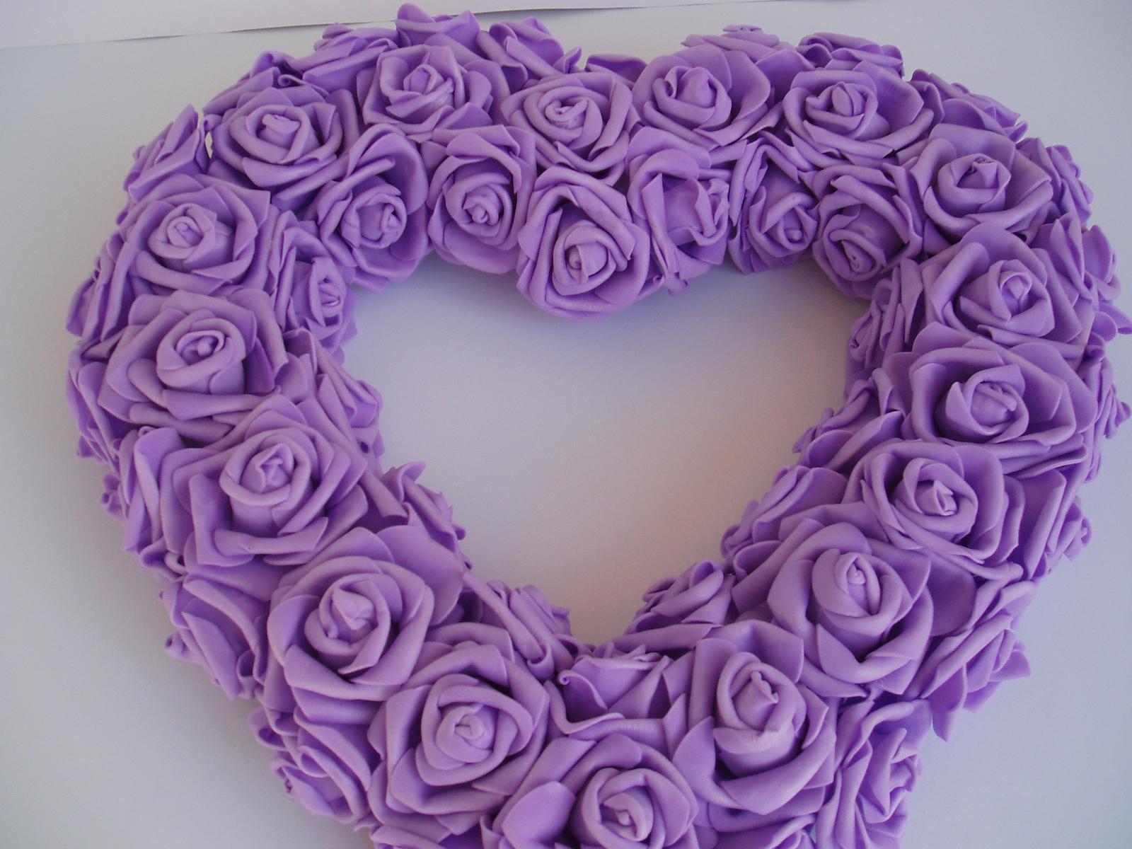 srdce z pěnových růží-fialové - Obrázek č. 1