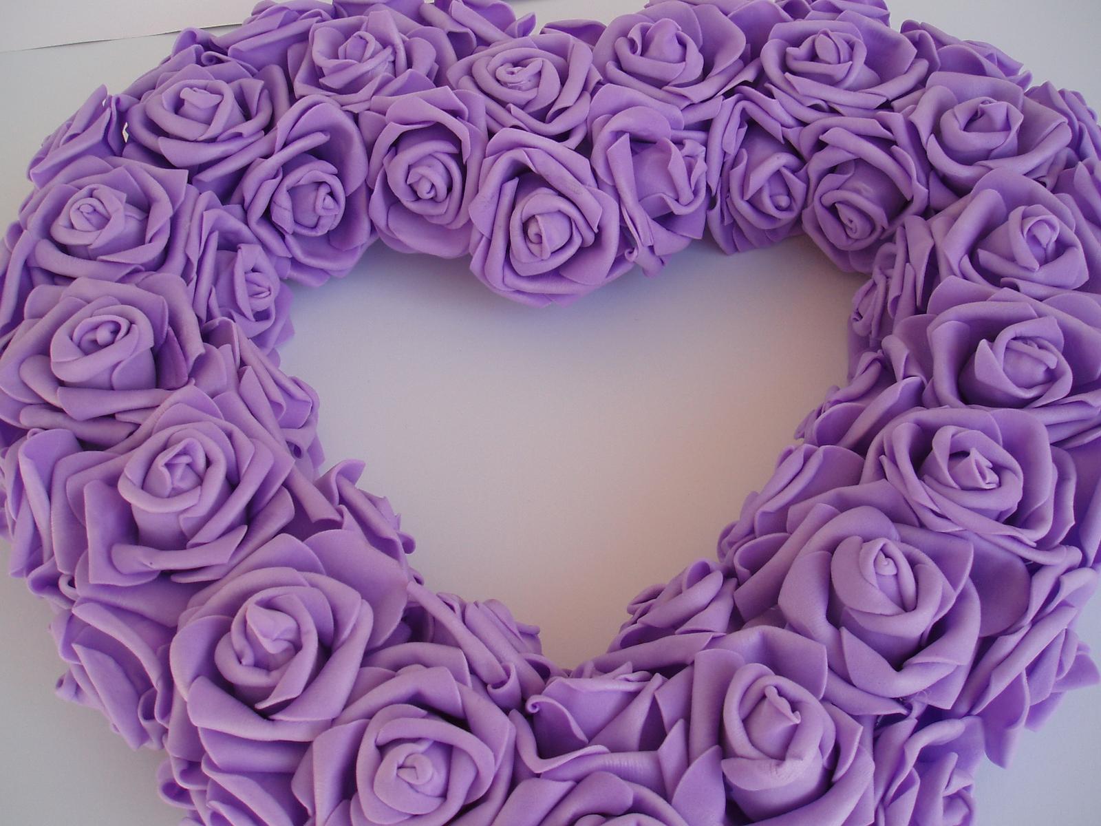 srdce z pěnových růží-fialové - Obrázek č. 2