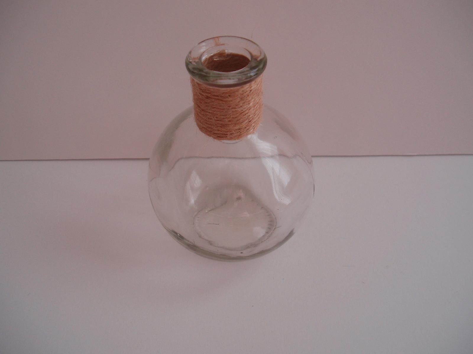 skleněná vázička - Obrázek č. 1