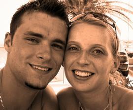 Tak tohle jsme my dva. Na dovolené u moře to vše začalo..