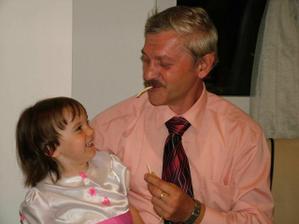 Paulínka s dedkom