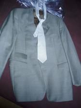 sako s kravatou