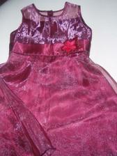 Šaty pro družičku - ještě neupravené.... :)