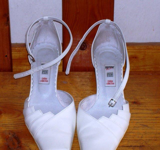 27.10.2007 M+M -  botečky na svatbu