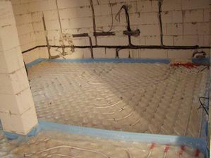 10.11. podlahovka v kuchyni