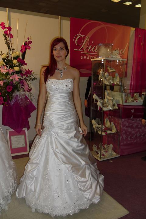 Óóó šaty ... - Ambrosia na mne - no o ničom a krátka sukňa...takže sklamanie.