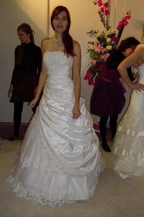 Óóó šaty ... - Freud na mne - nepačili sa mi, to na boku mi prišlo jak zástera...