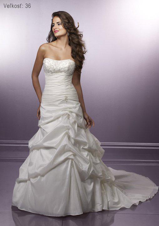 Óóó šaty ... - Kolekcia Mori Lee biele na modelke