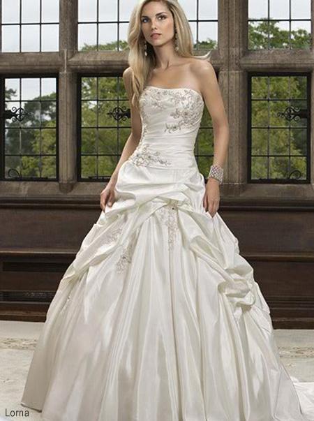 Óóó šaty ... - Lorna na modelke