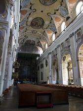 Prekrásny interiér katedrály