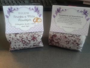 dáreček pro svatebčany :)