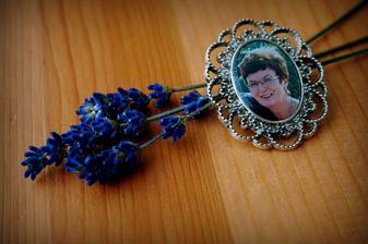 moje zemřelá tchýňka....brož do svatební kytice <3