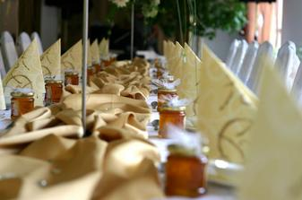 med-dar pre svadobčanov