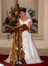 o druhé čtení se postarala nevěsta....ženich snad také napjatě poslouchal :-)