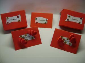 kartičky na svatební stůl - vlastní výroba