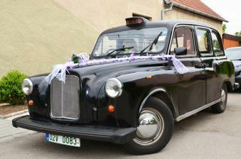 náš krásný a prostorný anglický taxík