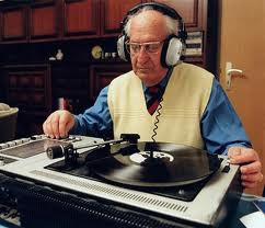 DJ - akorát bude trochu mladší :-)