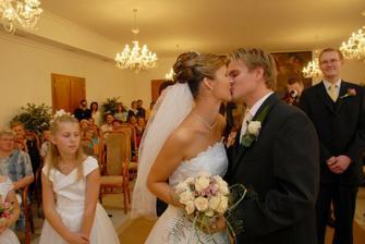 první manželský..