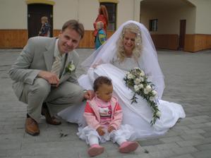 S malou Esterkou Idowu
