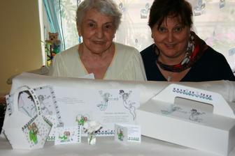 maminka s babičkou fandily :-) při výrobě