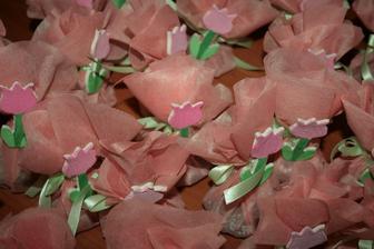 dokončené tulipánky a zabalené dárečky