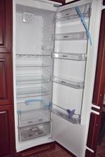 lednička - prázdná