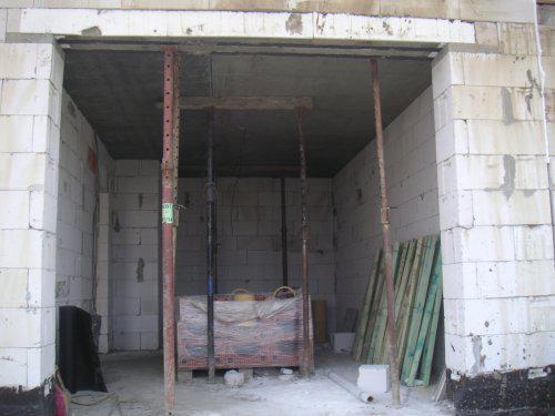 Začínáme....:-) - budoucí garáž:-)