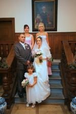 s dcerkou a svědkyněmi