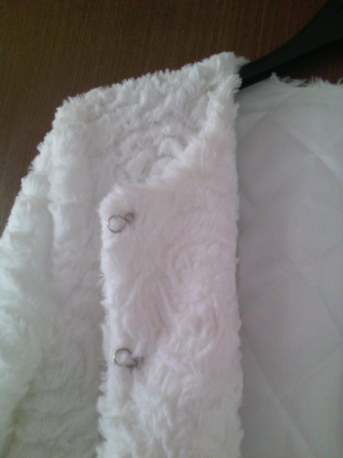 biele bolerko - Obrázok č. 3