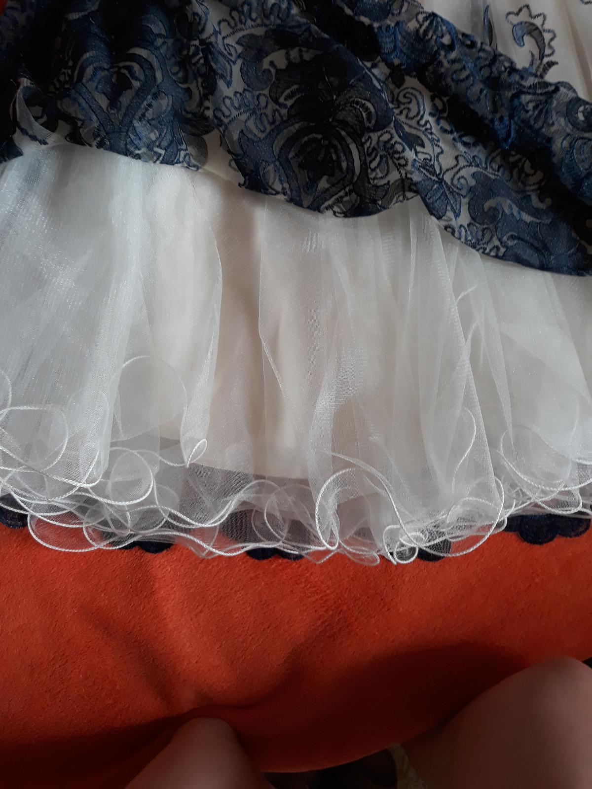 prekrásna sukňa - Obrázok č. 2