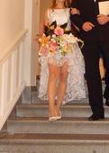 Svadobné šaty s poštovným, 34