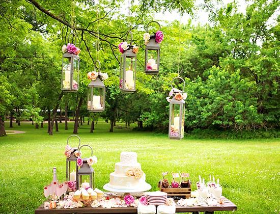 Skvelé nápady - toto je naaaadherny sladky stolik aj s pivonkami...!!!!!!!!!!!!!!!!!!!! som uplne zamilovana