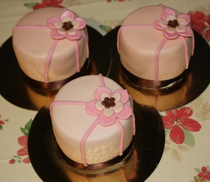 Úžasné minicakes - Obrázok č. 73