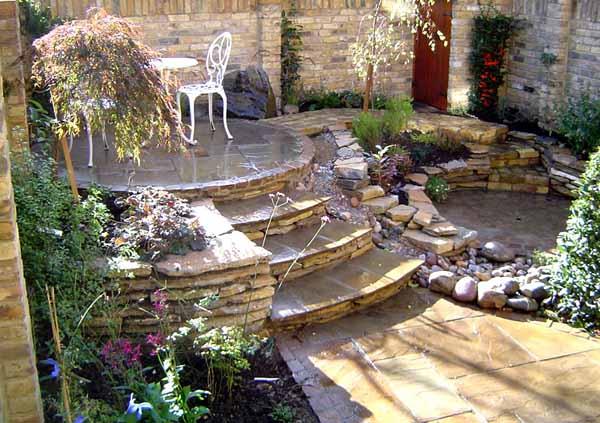 Velcí zahradníci s malou zahradou - Obrázek č. 40