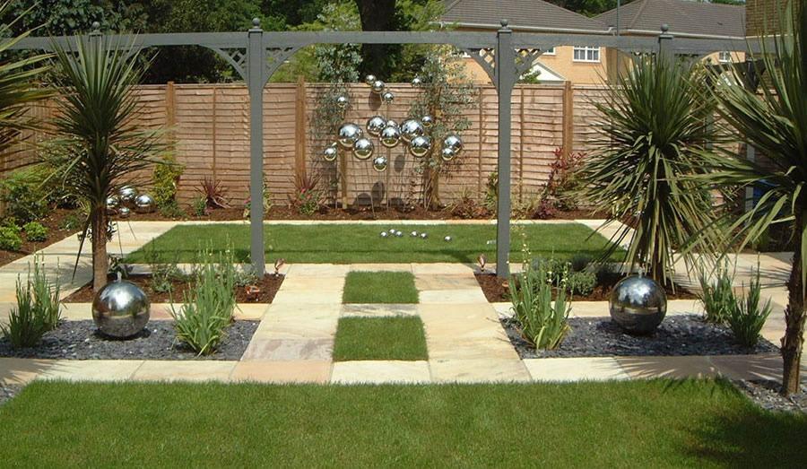 Velcí zahradníci s malou zahradou - Obrázek č. 45